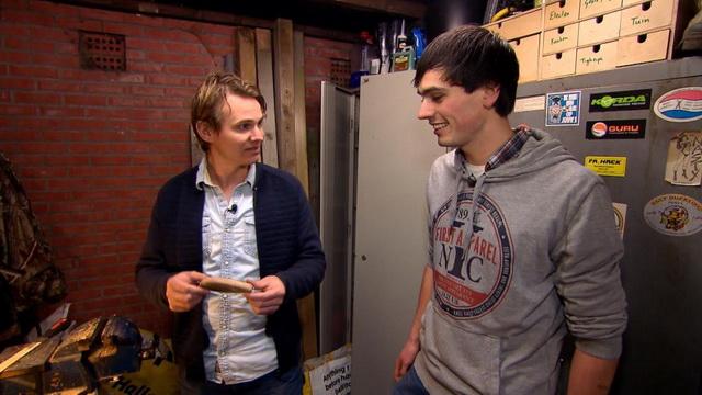 In Vis TV Next laat Simon Torenbeek zien hoe je een jerkbait maakt