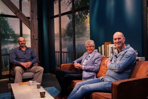 ZONDAG IN STUDIO VIS TV: EXOTEN, RECHTSZAKEN EN MEER.