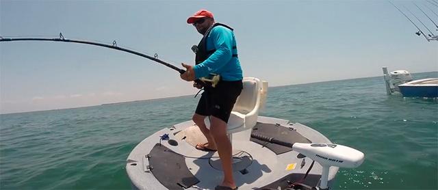 eerste-ronde-visboot-ter-wereld1