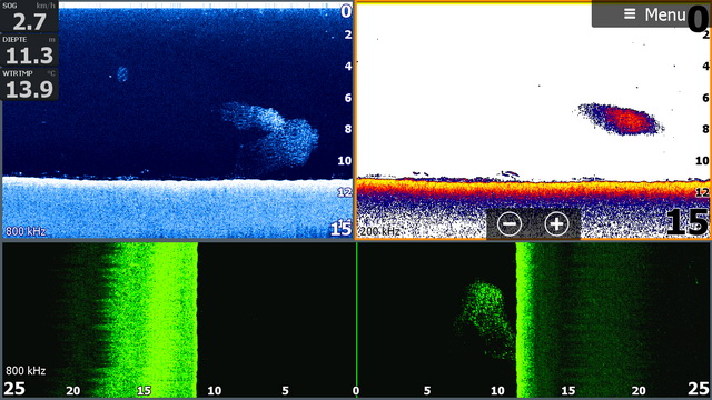 Screen shot van de Lowrance HDS 9 Carbon met een schooltje aasvis weergegeven op de normale fishfinder modus de downscan (blauw) en de sidescan (groen) waarop te zien is dat de aasvis zich aan de rechterzijde van de kajak bevind