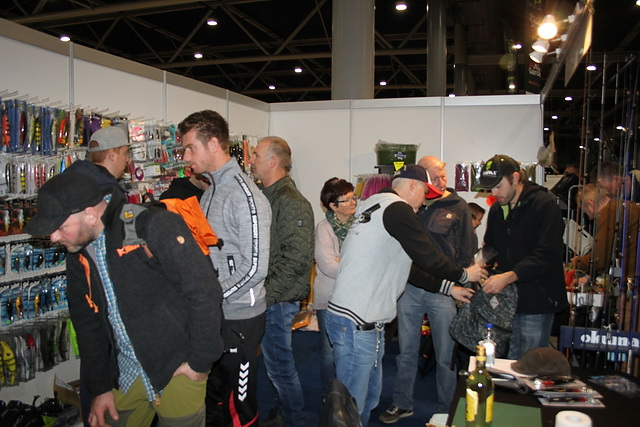 Drukte in de stand van Derbaits en Big Streamer