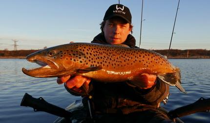 Forel vissen op het Oostvoornse meer met Daniel vd Post.