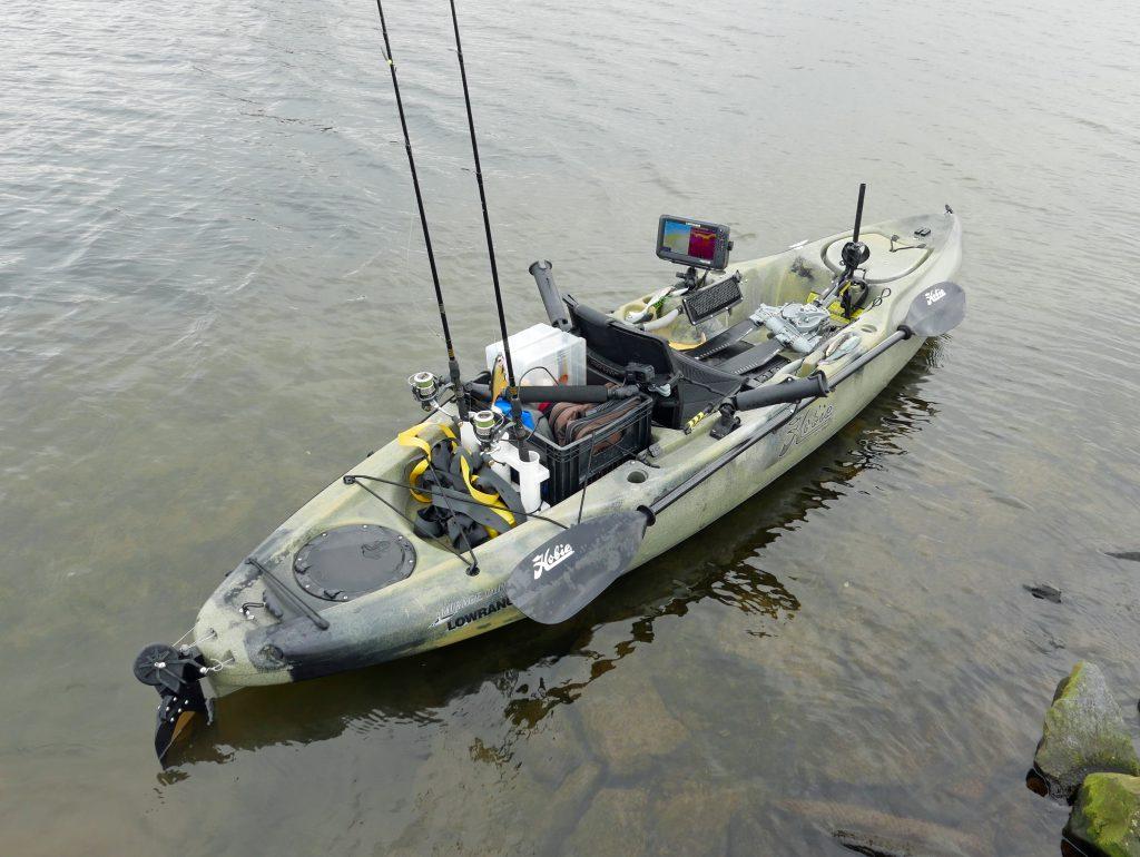 Hobie Outback kayak met een Lowrance HDS 9 Carbon fishfinder.)