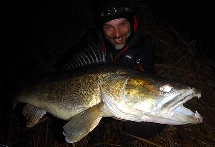 Vissen in de winter op Snoekbaars met Albert Dekker.