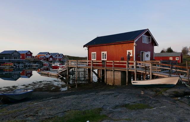 Ons verblijf aan het water een nostalgisch typisch Noors huisje
