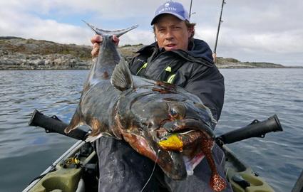 Kajakvissen in Noorwegen op heilbot met Daniel vd Post! Deel1
