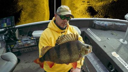 Baars vissen op zoek naar details met Bart vd Boom.