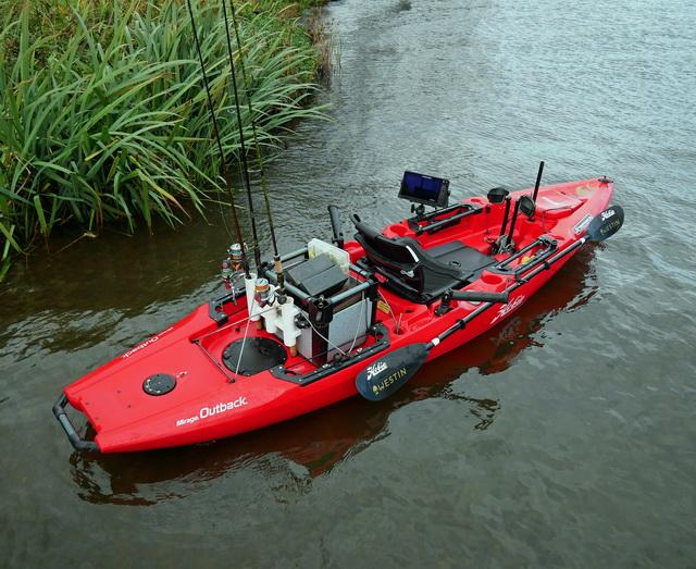 Hobie Outback kayak uitgerust met een Lowrance HDS 9 Live fishfinder. Een super combi!