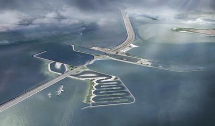 Na 90 jaar weer een gat in de Afsluitdijk.